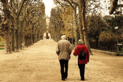 6 Steps for Preventing Falls Among Your Older Loved Ones
